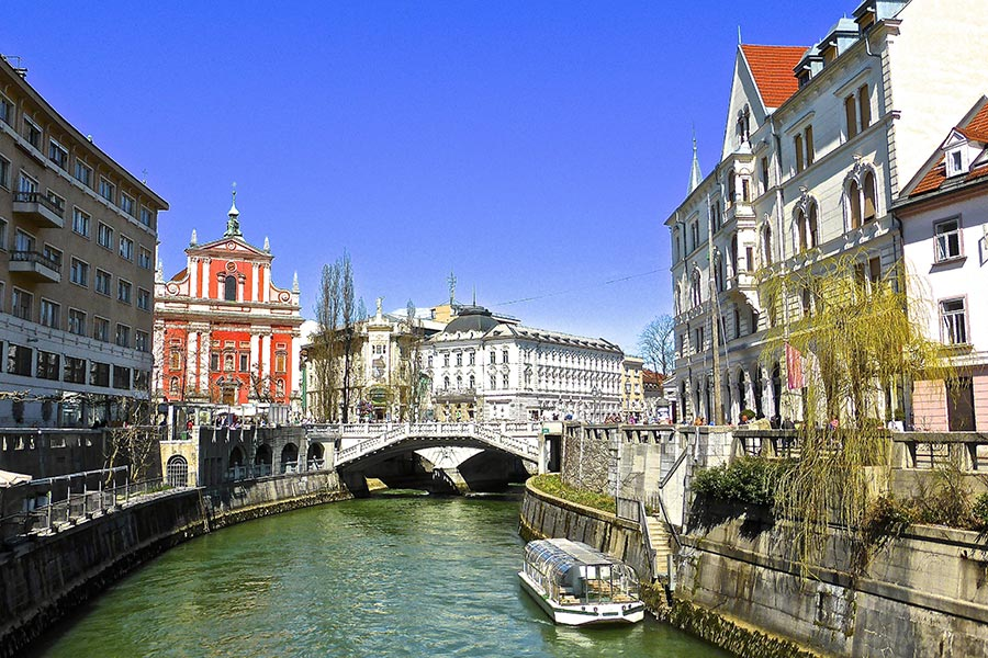 company-profile-kult-turist-ith-budapest-4