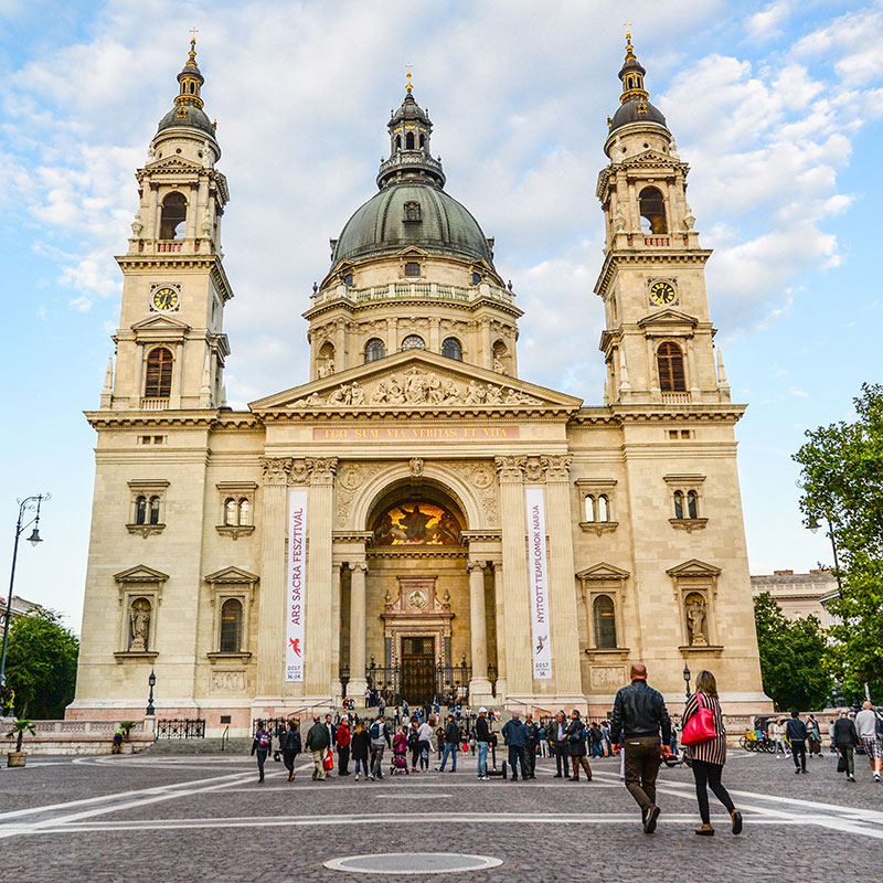 https://kultturist.hu/new/wp-content/uploads/2019/08/thematic-walks-kult-turist-ith-budapest.jpg